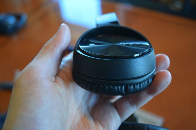 Sony MDR ZX330BT hands on 6