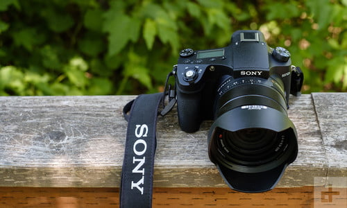 Sony RX10 IV Review: The Best All-in-One Camera You Can Buy