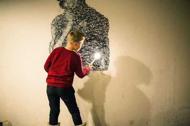 the sprayprinter makes graffiting your wall easy 4