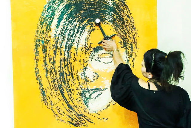 the sprayprinter makes graffiting your wall easy 8