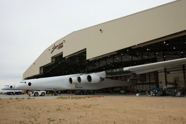 stratolaunch dwarves other aircraft strato 5