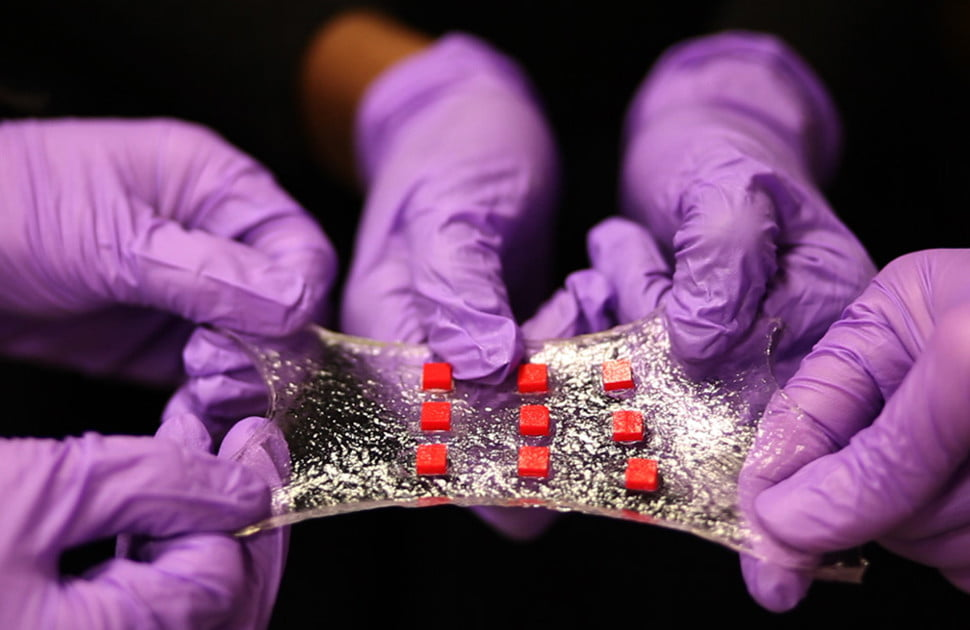 Hydrogel Bandage Of The Future Is Embedded With Tech