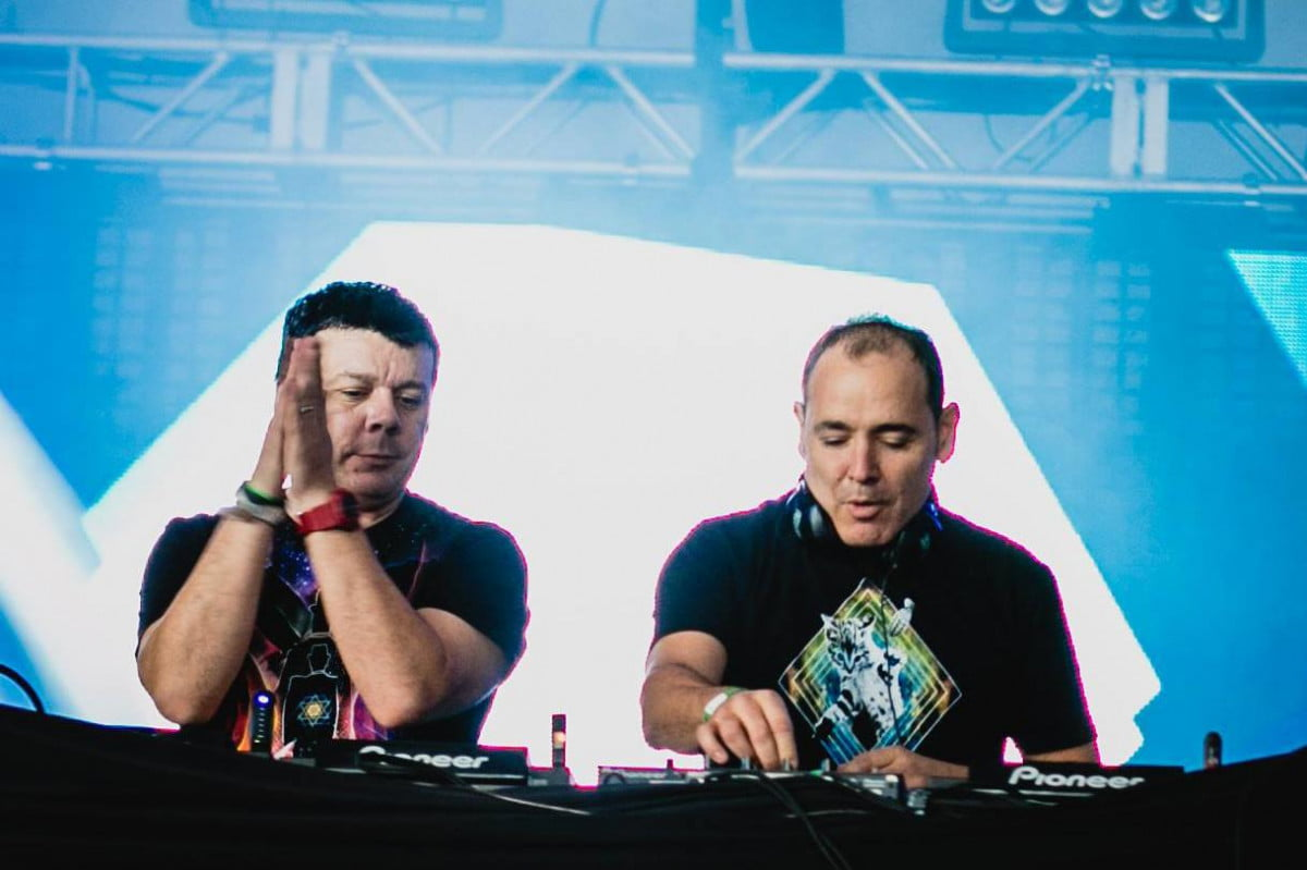 interview the crystal method on remixes mp3s their latest album audiophile remixed 002