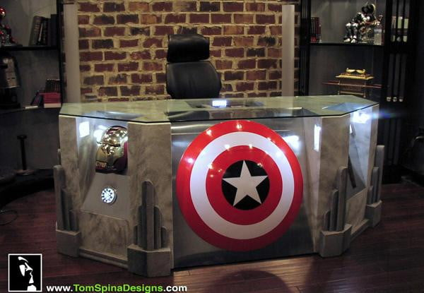 Marvel Avengers Desk Is The Ultimate In Geeky Goodness