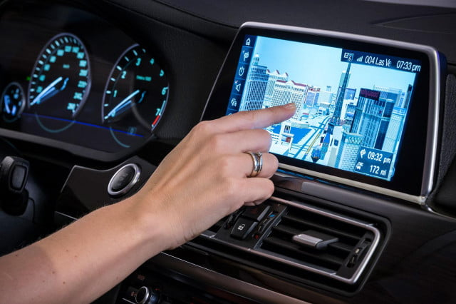 new bmw idrive features touchscreen and gesture recognition the next generation of 11