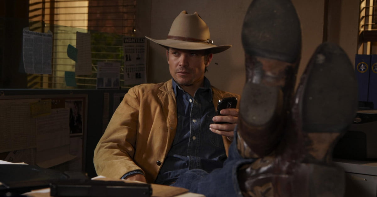 Justified Star Timothy Olyphant Cast For Edward Snowden