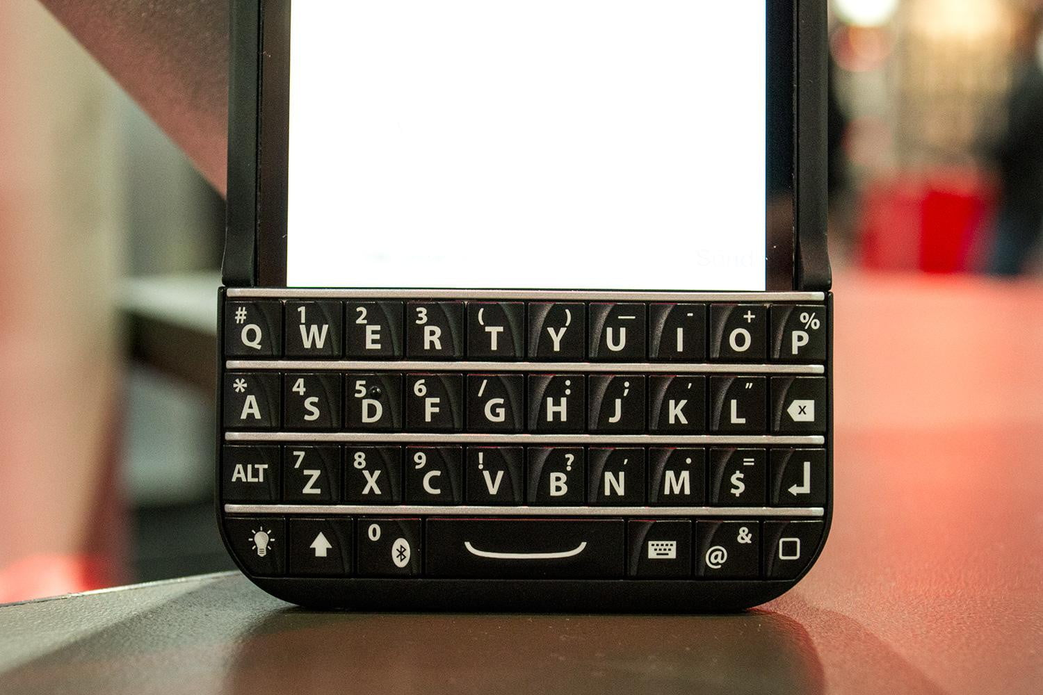 typo iphone keyboard case review digital trends. Black Bedroom Furniture Sets. Home Design Ideas