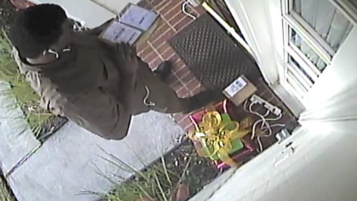 Ups Delivery Man Steals Ipad Mini After Fedex Delivered It