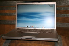 Apple MacBook Pro 15.4-inch 2.16GHz Review