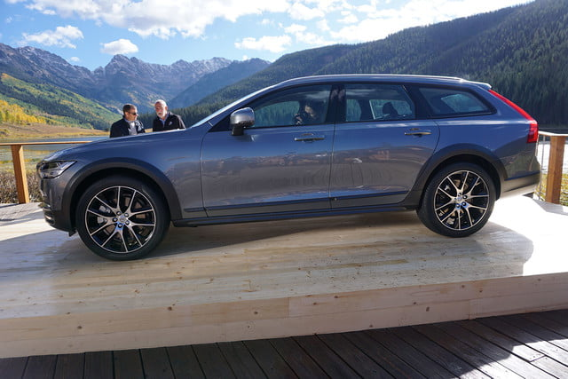 volvo v90 cross country news specs pictures 013