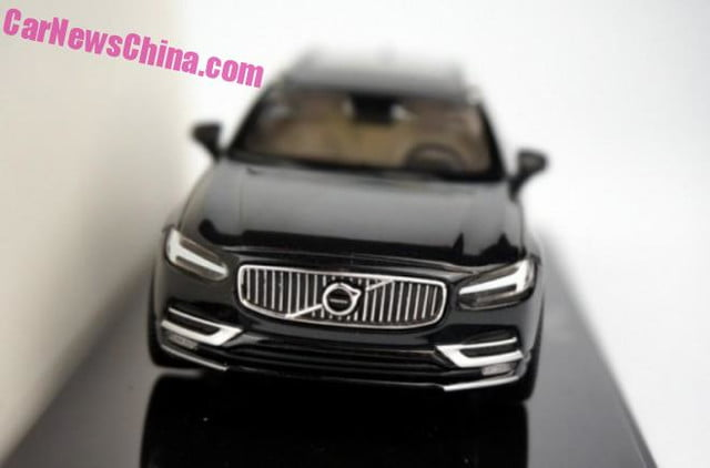 Volvo V90 station wagon 1/43-scale model