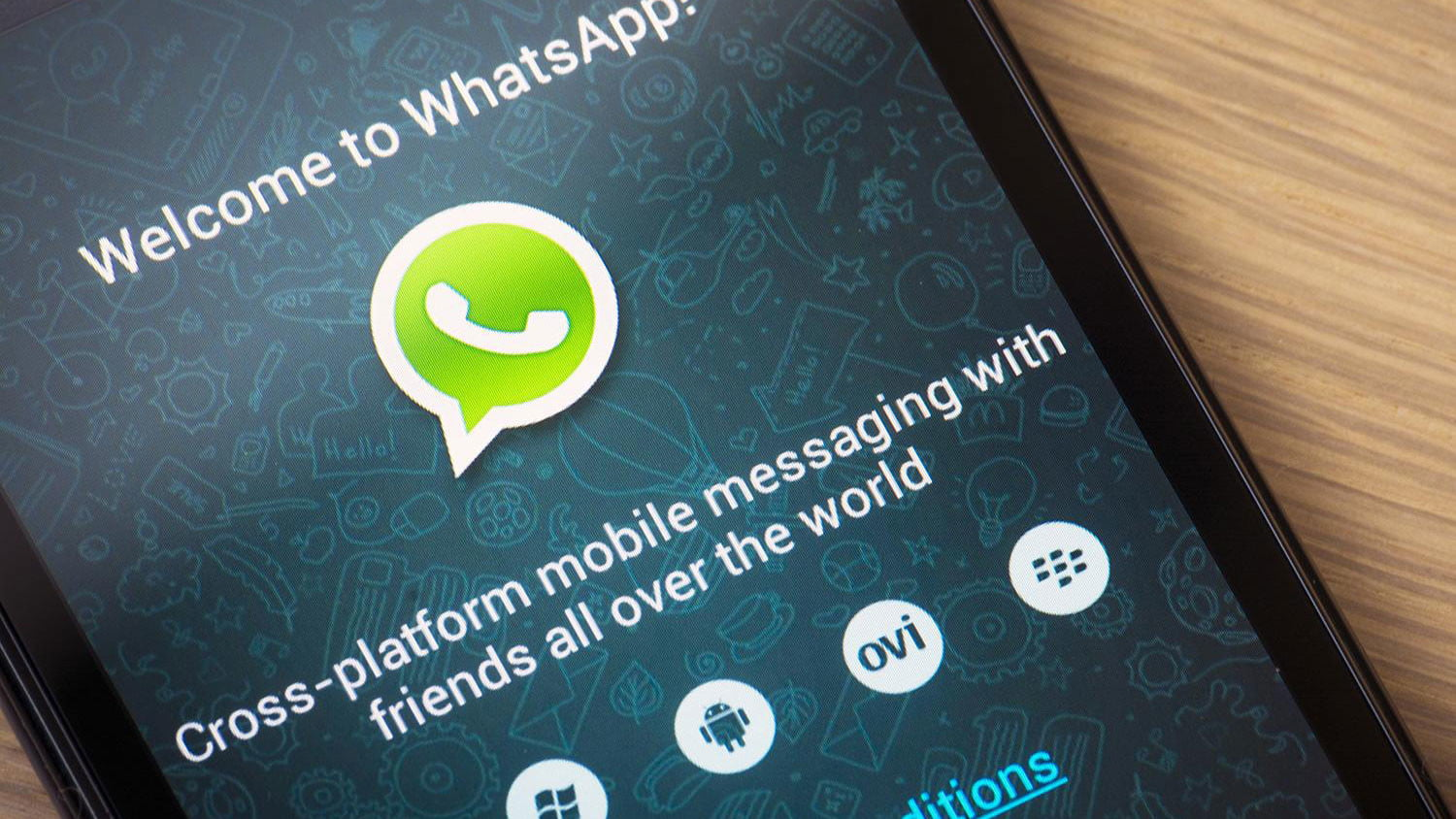 Hackers Can Fake WhatsApp Messages To Seem Like They're From You
