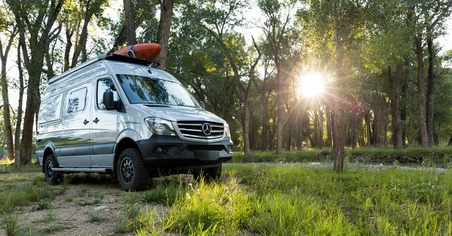 Self Contained Winnebago Revel 4x4 Opens Off Road Options