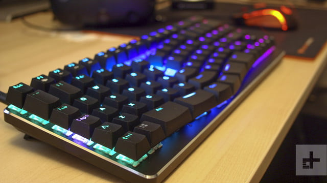 X-Bows Mechanical Ergonomic Keyboard Hands-On Review ...
