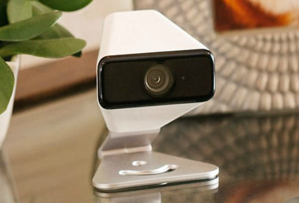 xfinity home security camera faces license plates indoor outdoor 2