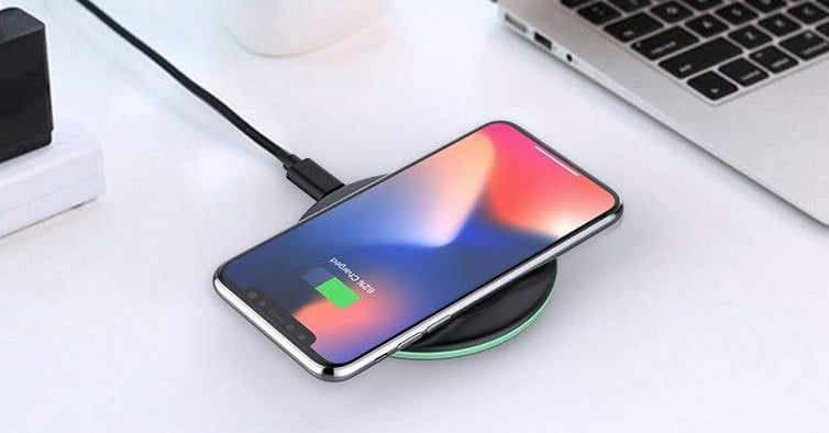 best website 8e4f4 cff1f The Best iPhone Wireless Charger Deals for Under $20 | Digital Trends